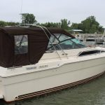 1985 Sea Ray 30 Weekender other side